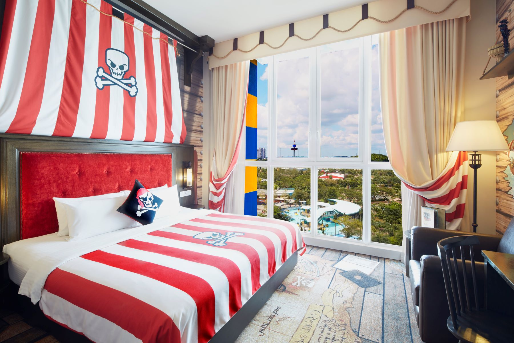 Premium Themed Room (Pirate)